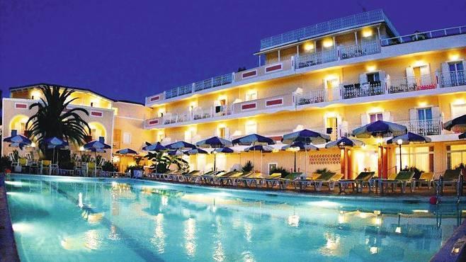 Ionis Art Hotel Laganas Zante